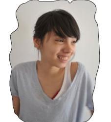 """Je me nomme Élisa et mon prénom vietnamien est Hai Dang. Je voudrais vous présenter ma grand-mère. Je l'adore !! Elle me prépare toujours des tas de petits plats vietnamiens....<div class=""""addthis_toolbox addthis_default_style addthis_"""" addthis:url='http://ba-noi.com/blog/presentation/' addthis:title='Présentation ' ><a class=""""addthis_button_preferred_1""""></a><a class=""""addthis_button_preferred_2""""></a><a class=""""addthis_button_preferred_3""""></a><a class=""""addthis_button_preferred_4""""></a><a class=""""addthis_button_compact""""></a></div>"""
